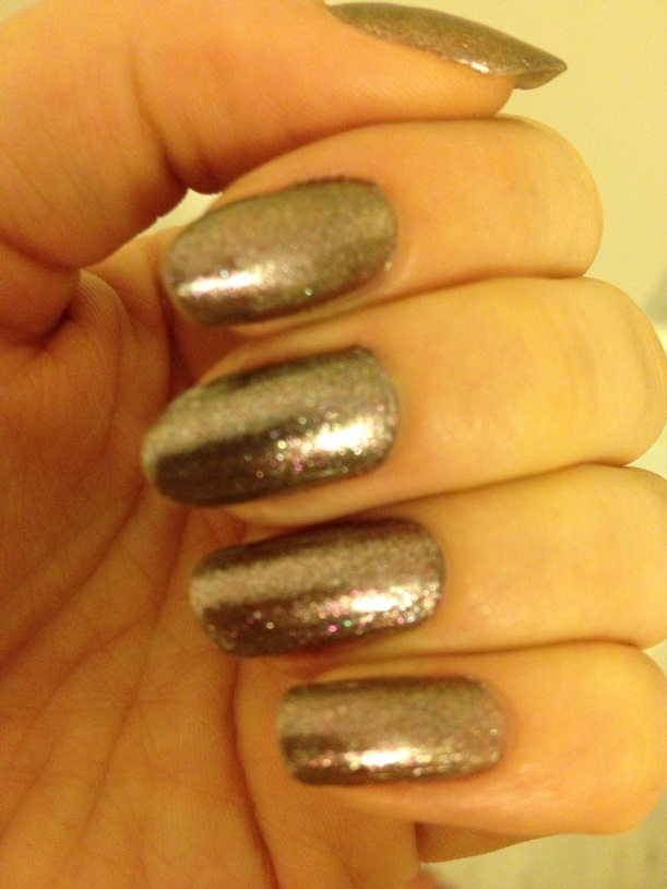 Artifical daytime light brings out a silver-rose shimmer.