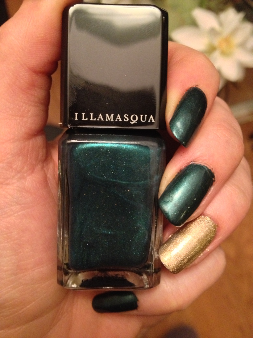 Illamasqua Nail Varnish in Viridian.