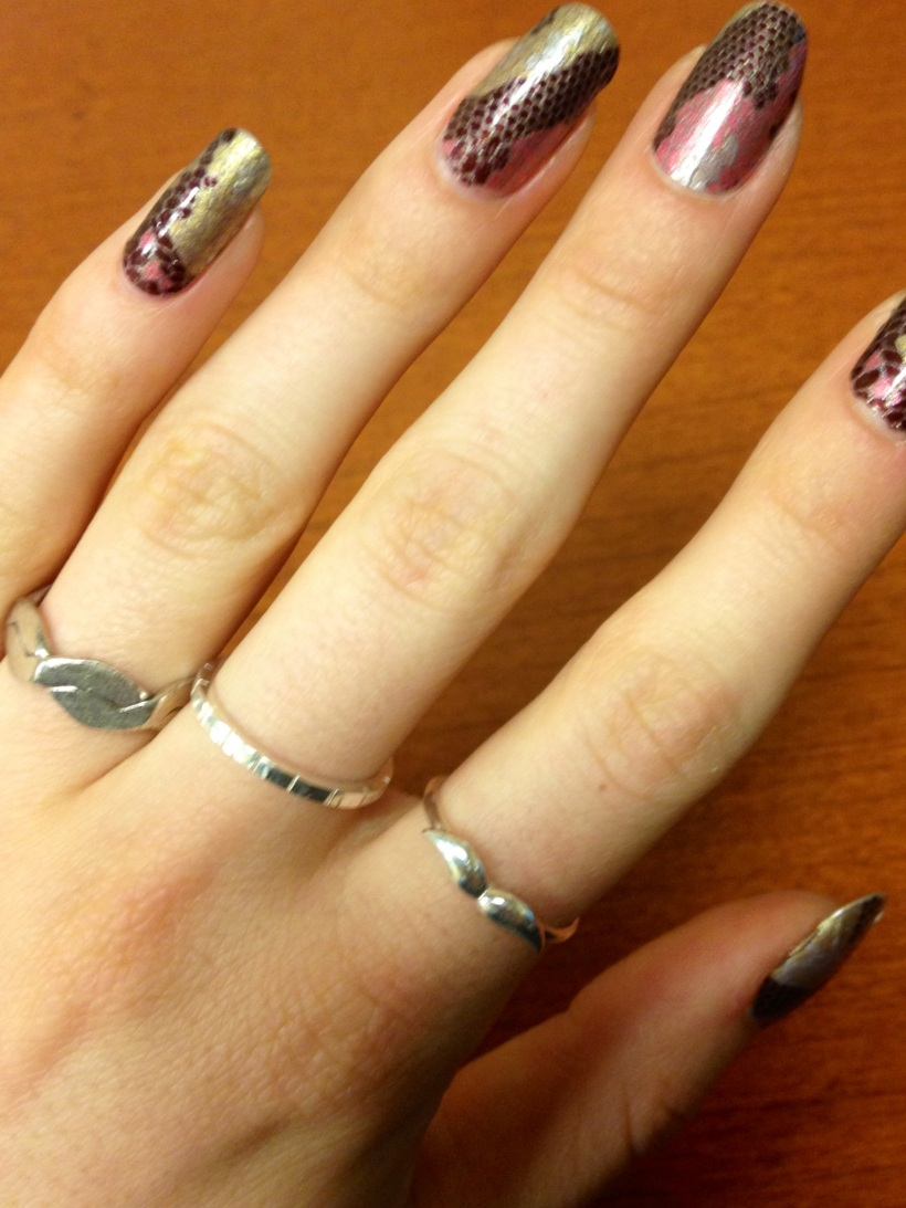 Five days after application and they still look fresh. Like my new rings (middle and index finger)?