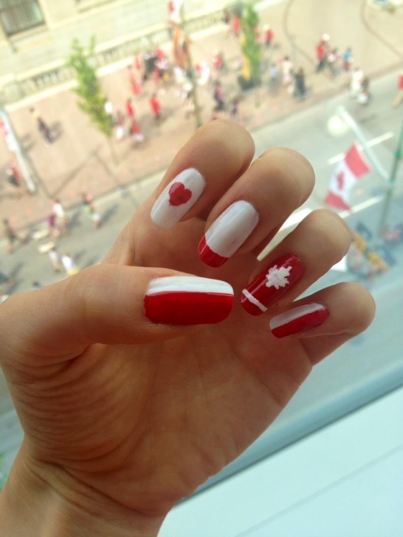 Canada Day Manicure
