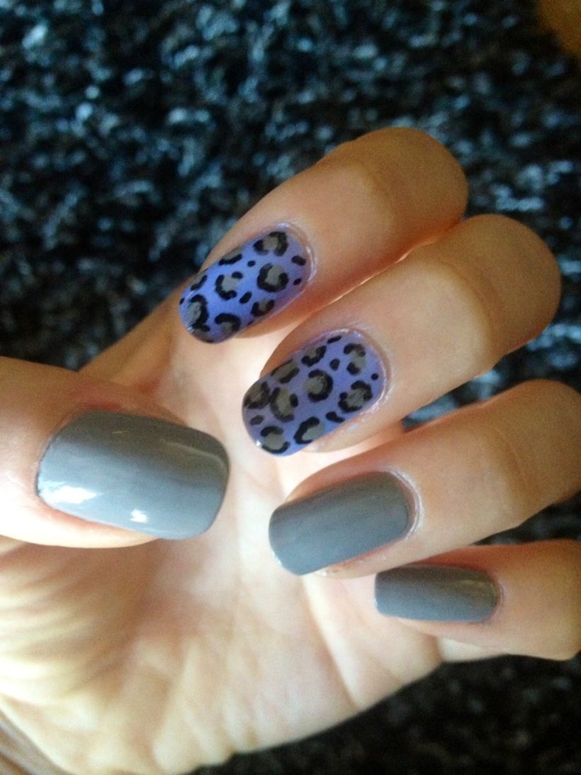 leopard double accent manicure
