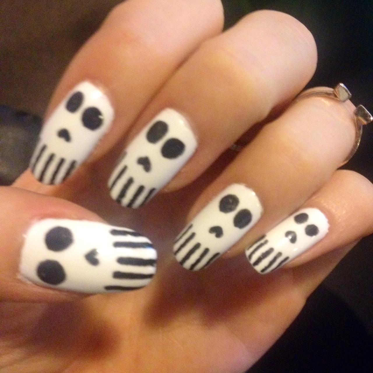 Halloween Nail Designs For Freaky Fingers | Richard Magazine